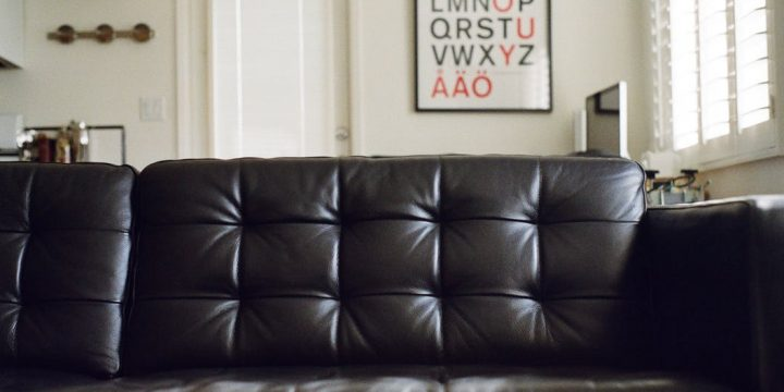 How To Know If You Should Be Purchasing A Modular Sofa Online Or From An In-Person Store