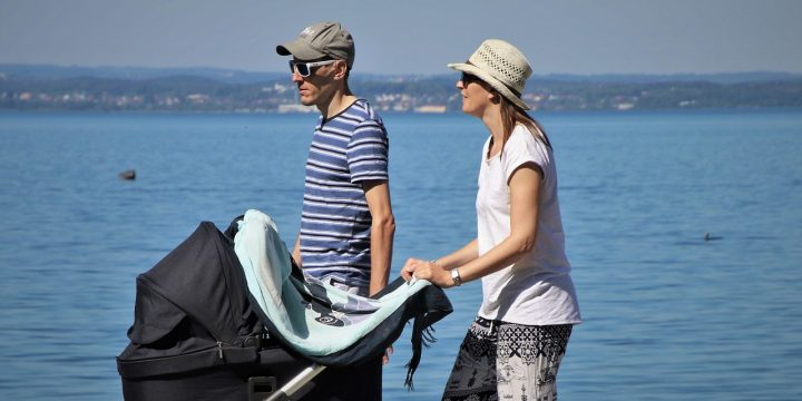 """A """"Before You Buy Guide"""" On Bassinet Prams"""